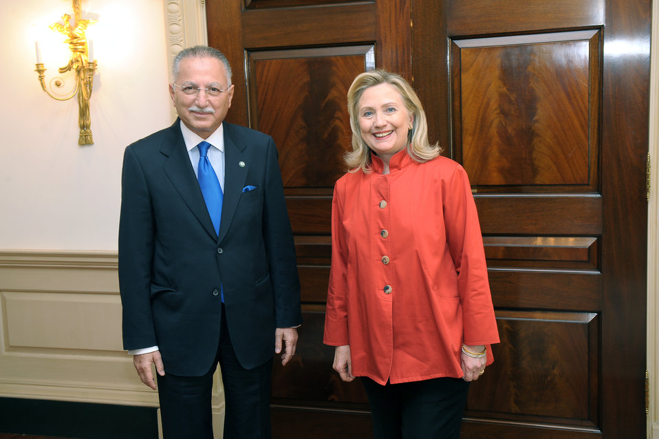 Secretary Clinton Meets With Secretary General Ihsanoglu of the Organization of Islamic Cooperation