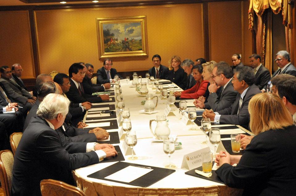 UNGA 2009: Secretary Clinton Meets With Pacific Island Leaders