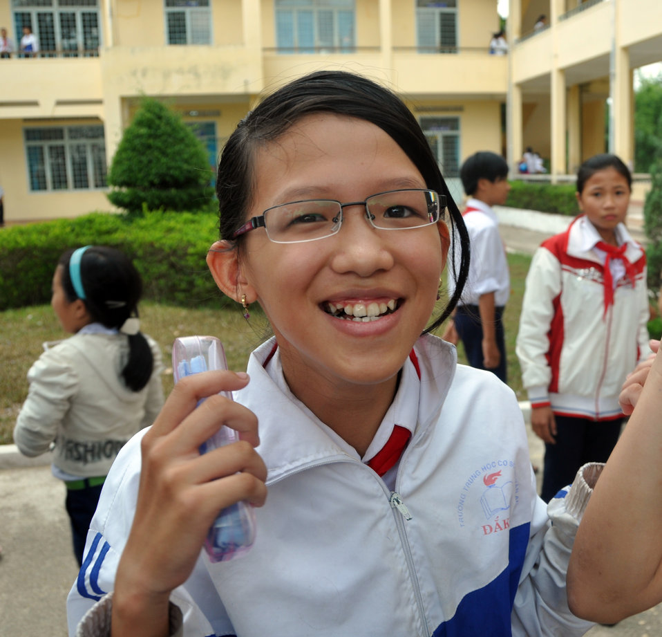 Checking new student eyeglasses in Kon Tum