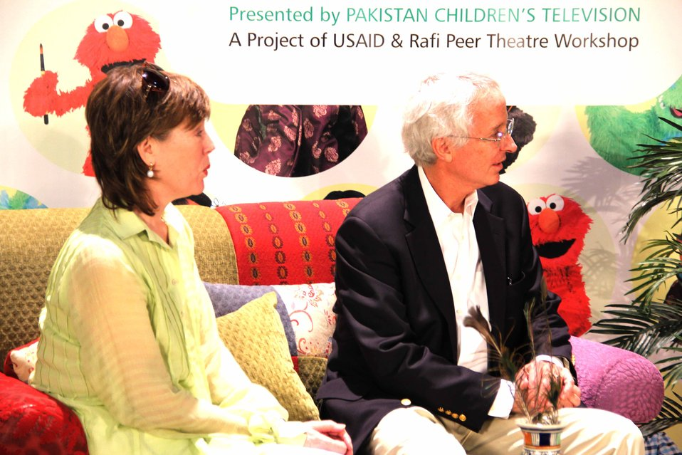 U.S. Ambassador's Visit to Sim Sim Hamara Highlights U.S. Commitment to Improved Children's Education in Pakistan at Lahore on 28 April, 2012