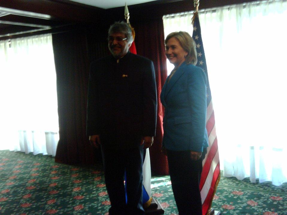 Secretary Clinton Meets With President Fernando Lugo of Paraguay