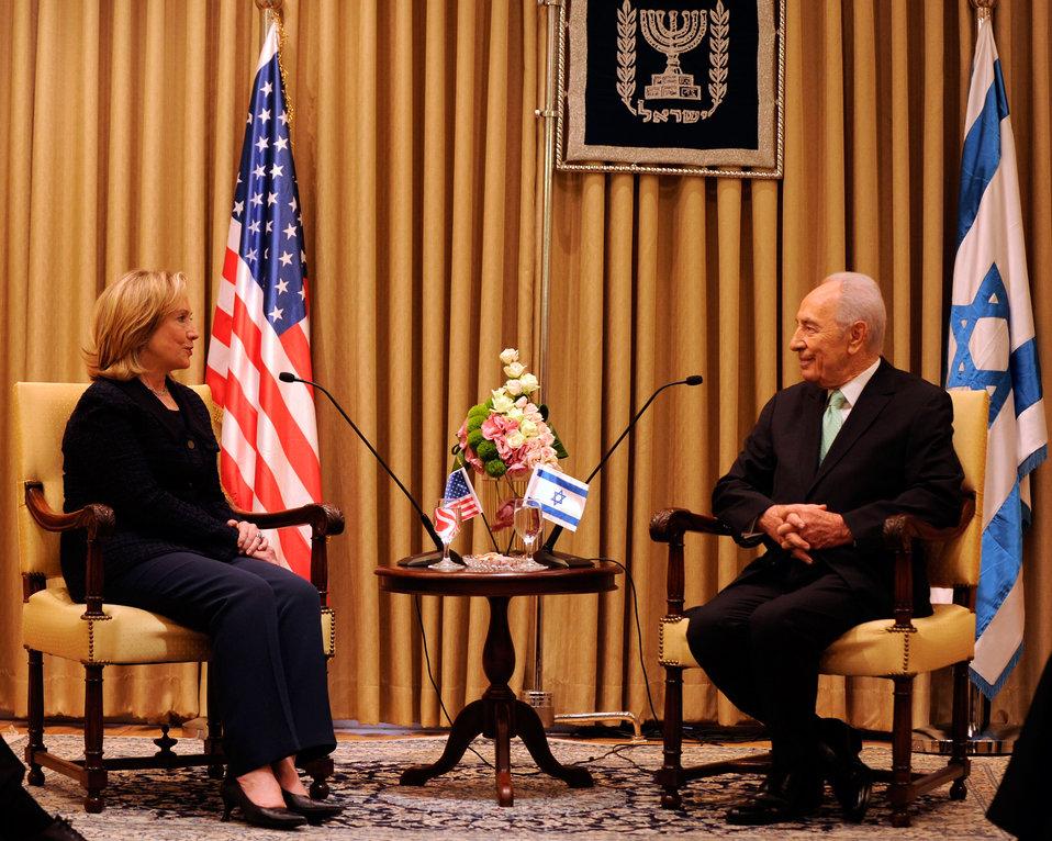Israeli President Peres Meets With Secretary Clinton
