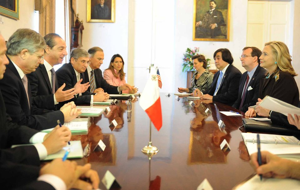 Secretary Clinton Meets With Maltese Officials
