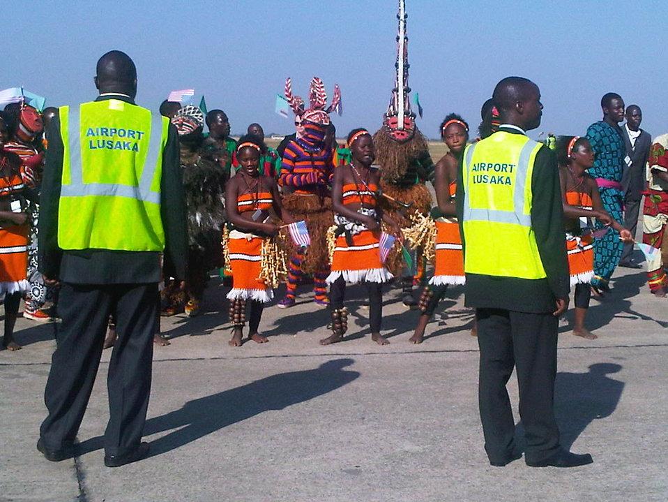 Zambian Dancers Welcome Secretary Clinton to Lusaka