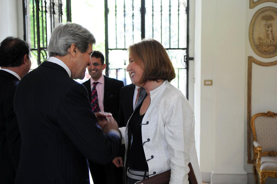 Secretary Kerry Greets Israeli Justice Minister Livni