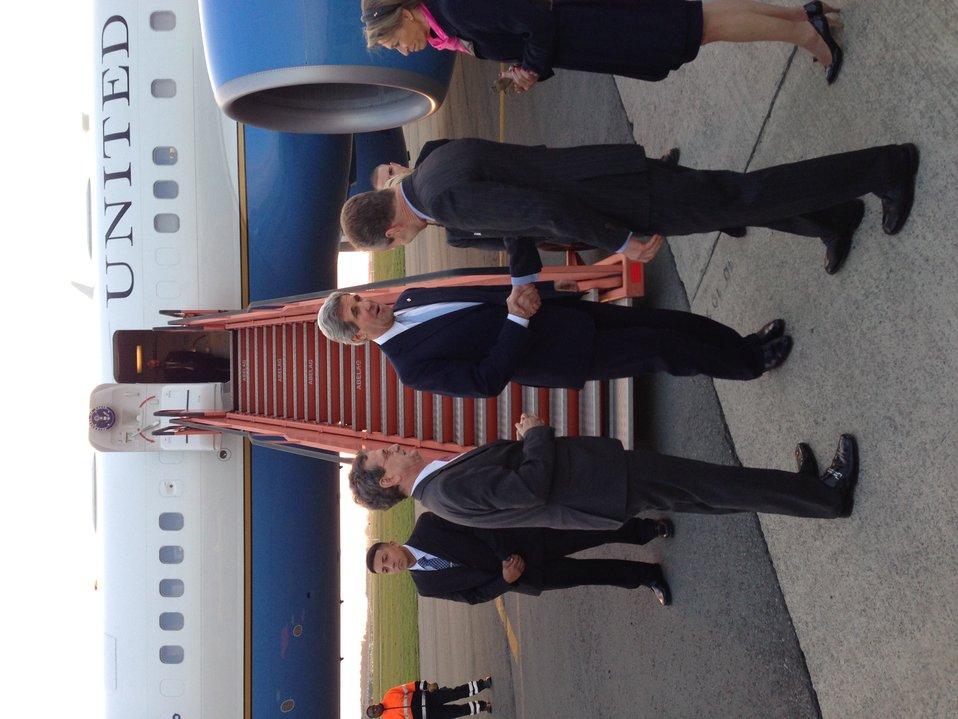 Secretary Kerry Arrives in Belgium