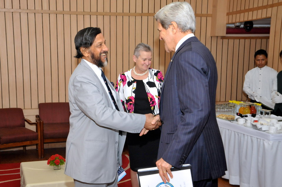 Secretary Kerry Meets With Nobel Laureate Dr. R.K. Pachauri