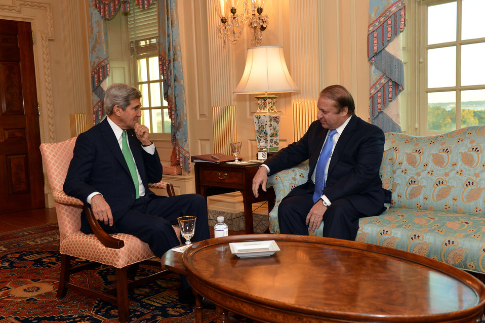 Secretary Kerry Meets With Pakistani Prime Minister Sharif