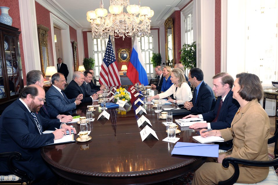 Secretary Clinton Meets With Russian Foreign Minister Lavrov
