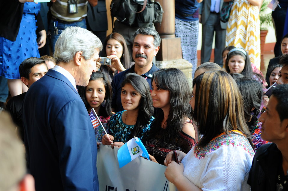Secretary Kerry Greets Guatemalan Students