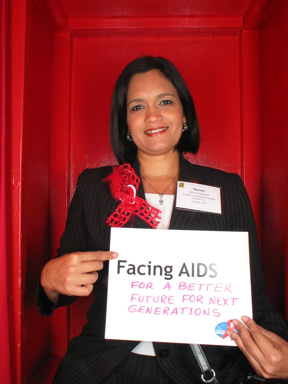 Facing AIDS for a better future for next generations.