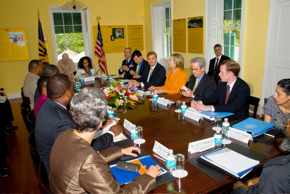Acting Prime Minister Freundel Stuart Holds Bilateral Meeting With Secretary Clinton