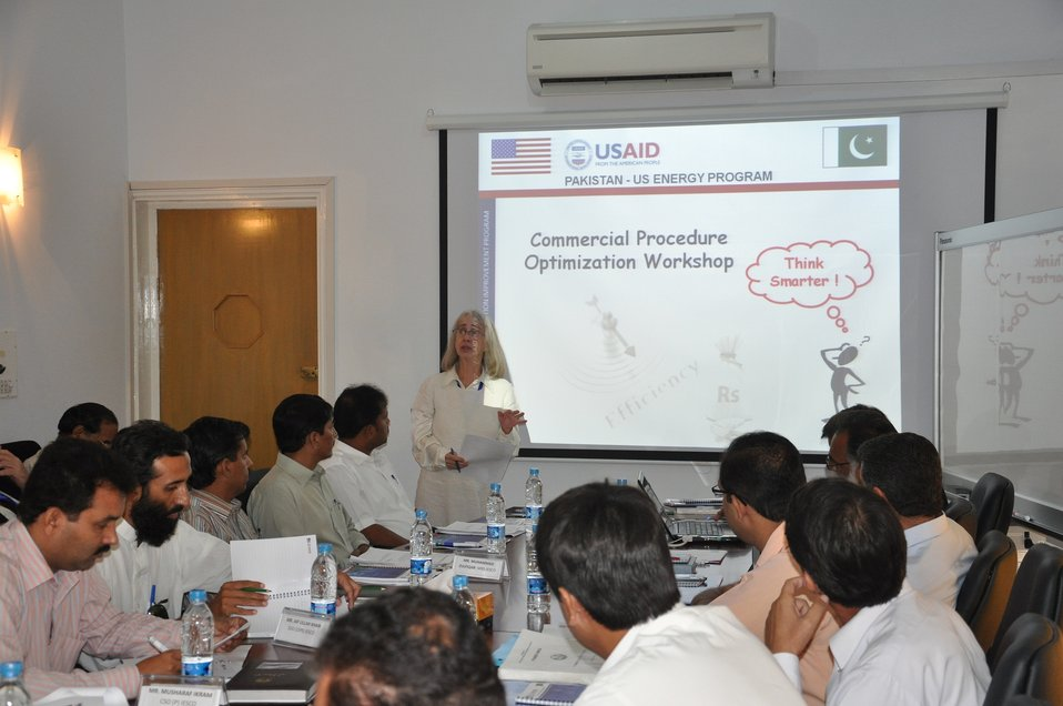 7 Sept 2011, Discussion on Recommendations (Proposed Changes) with Distribution Companies Senior Management