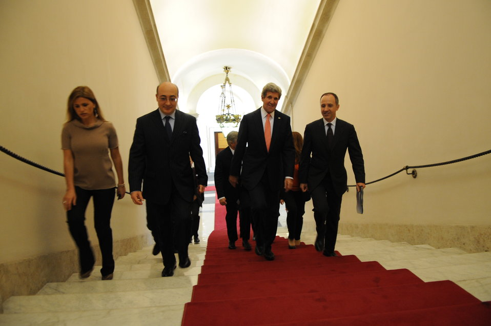 Secretary Kerry Walks to Meet Italian Prime Minster Letta