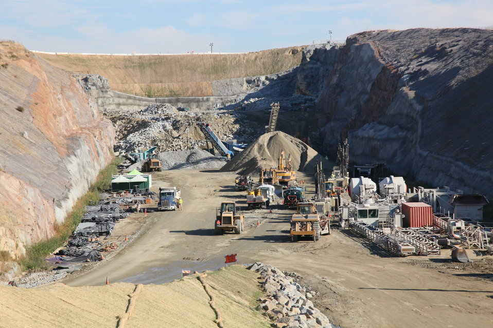 Continued progress at the Folsom auxiliary spillway