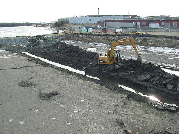 Winter 2003, Another view of the excavation