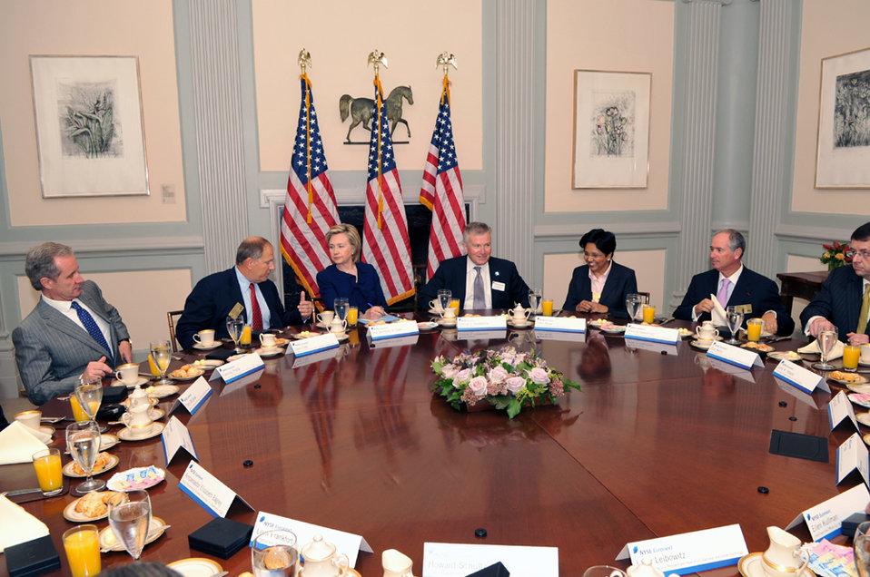 UNGA 2009: Secretary Clinton Meets With New York Stock Exchange CEO