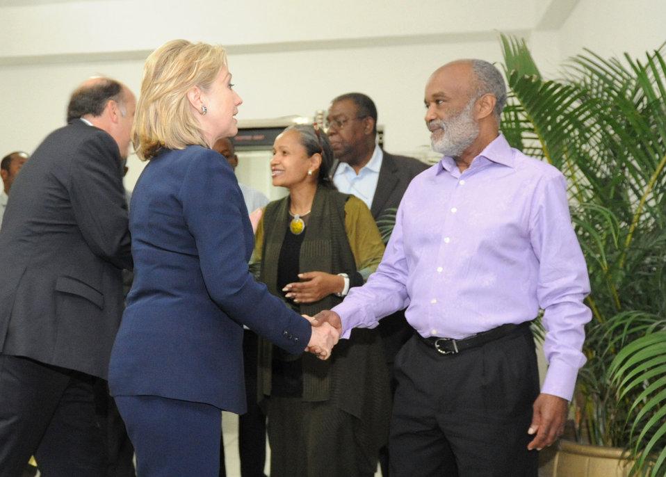 Secretary Clinton Says Goodbye to Haitian President Preval