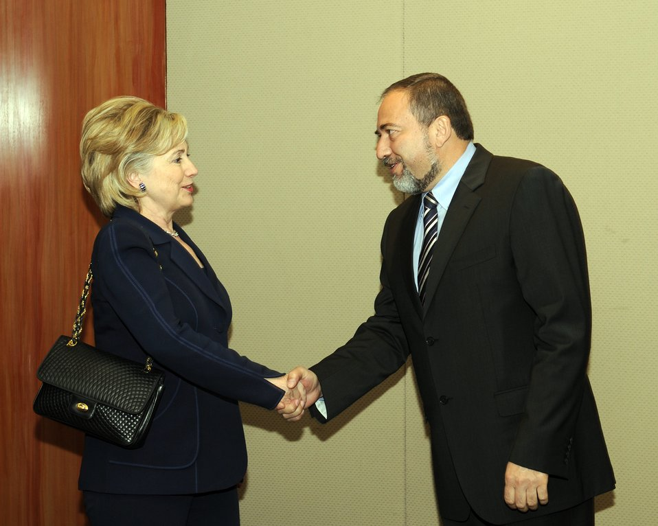Secretary Clinton Meets With Israeli Foreign Minister