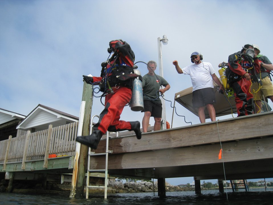 May 2012, Diving blind with a 'blackout mask'