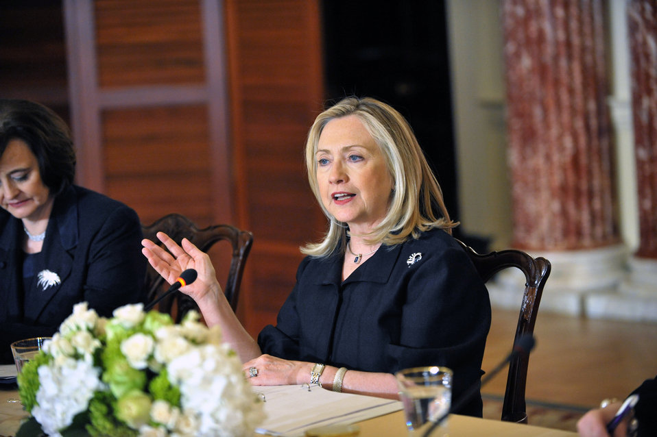 Secretary Clinton Hosts Inaugural Meeting of International Council on Women's Business Leadership