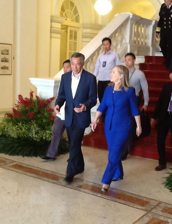 Secretary Clinton Meets With Singaporean Prime Minister Lee Hsien Loong