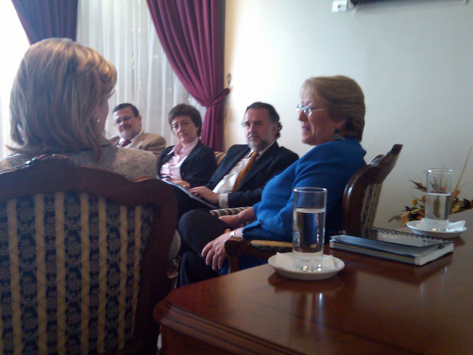 Secretary Clinton Meets With Chilean President