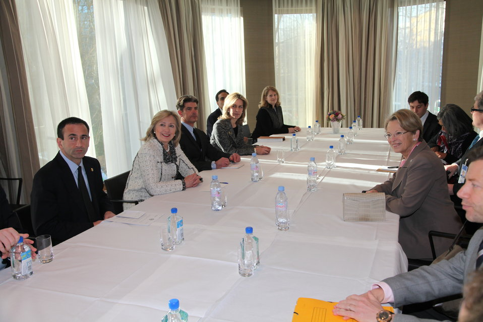 Secretary Clinton Holds a Bilateral Meeting With French Foreign Minister Alliot-Marie