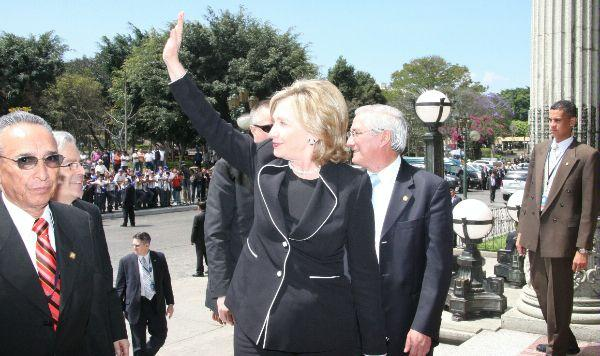 Secretary Clinton Waves to the Crowd