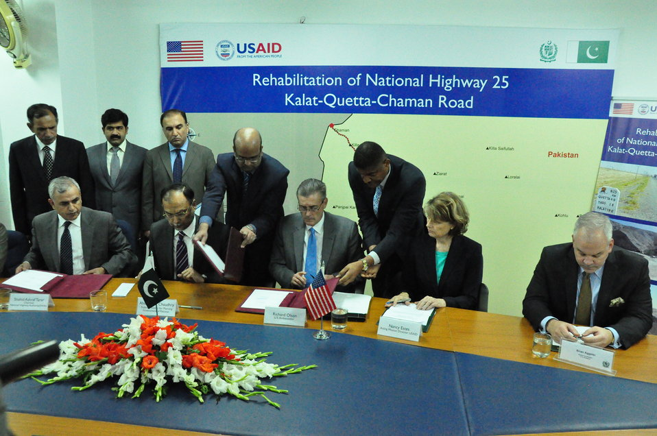 The United States and National Highway Authority Sign Agreement to Rehabilitate Kalat-Quetta-Chaman Highway