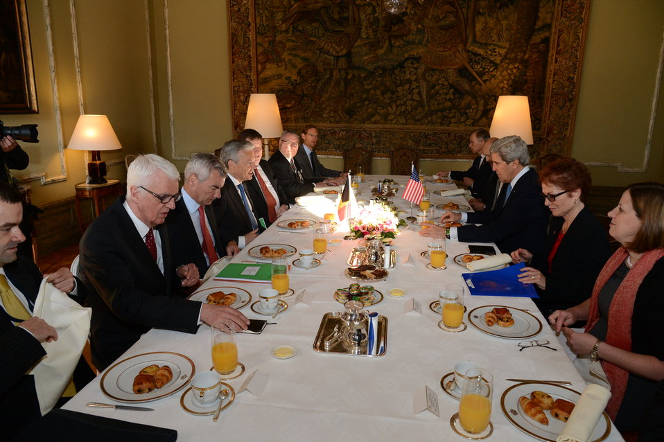 Secretary Kerry Meets With Belgian Foreign Minister Reynders