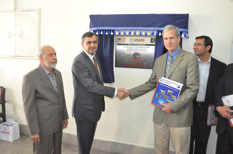 USAID equips MEPCO with state-of-the-art Planning and Engineering Computer Center