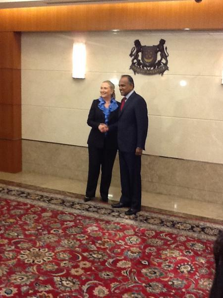 Secretary Clinton Meets With Singaporean Foreign Minister Shanmugan