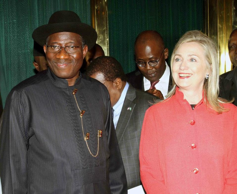 Secretary Clinton Meets With Nigerian President Goodluck Jonathan