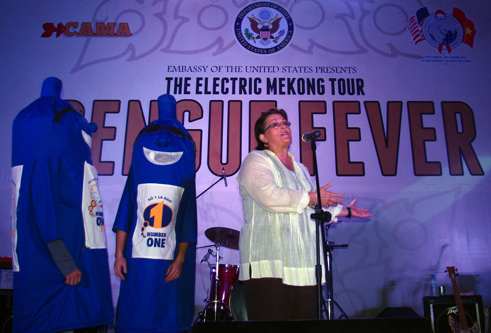 PEPFAR, U.S. Embassy Host Dengue Fever Concert in Hanoi