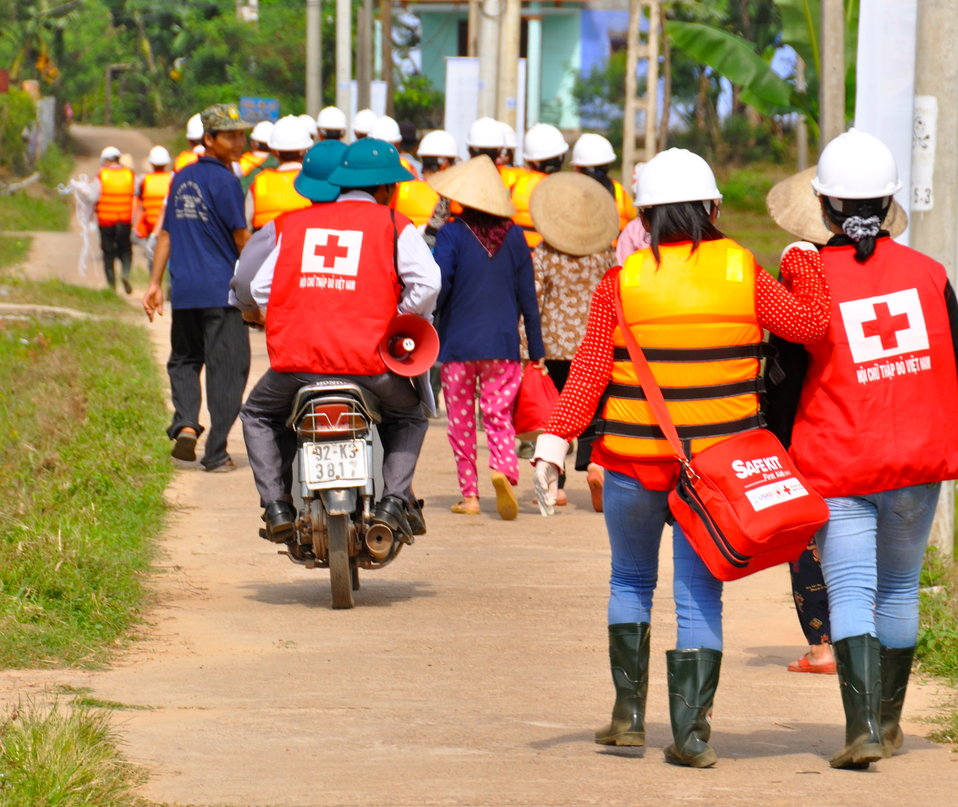 USAID, Red Cross Support Disaster Response Drill in Duy Hoa Commune, Quang Nam Province