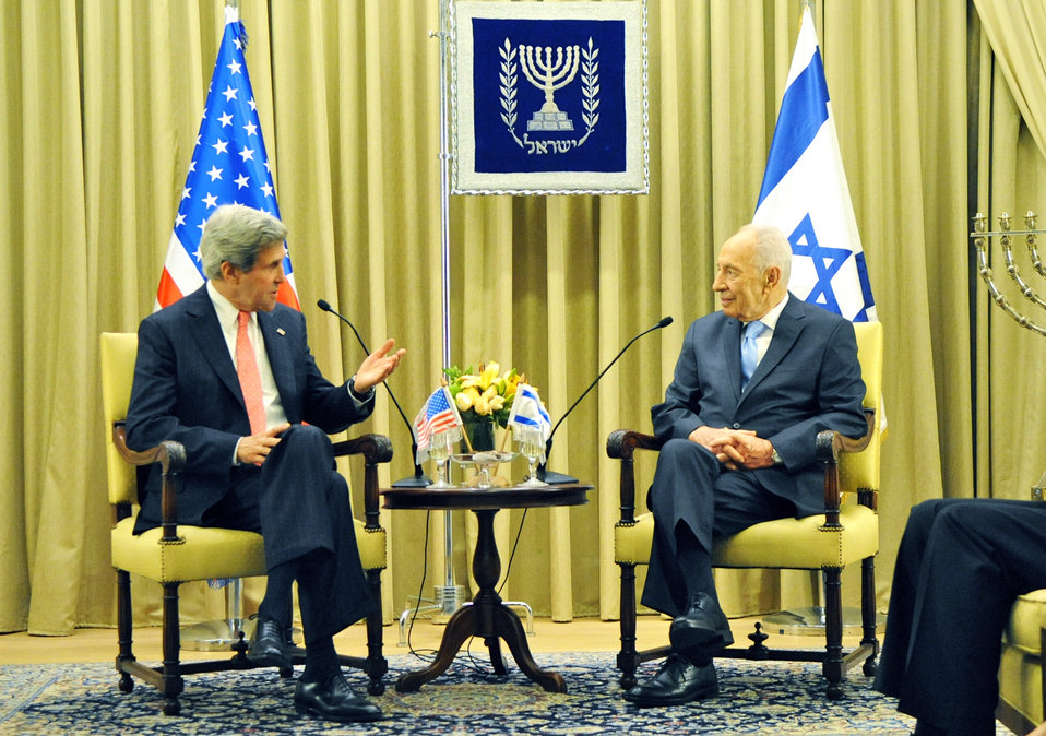 Secretary Kerry Meets With Israeli President Peres