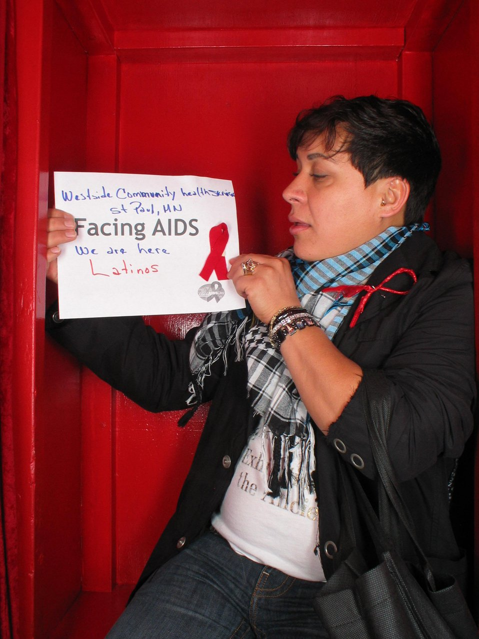 Facing AIDS We are here Latinos.