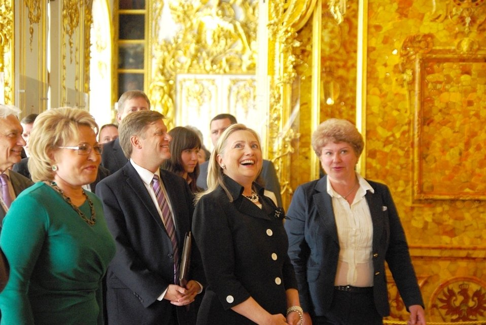 Secretary Clinton, Ambassador McFaul With Chairman Matveyenko