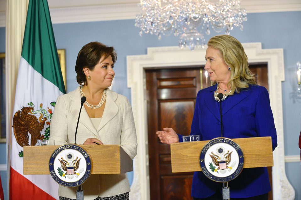 Secretary Clinton and Mexican Secretary of Foreign Relations Espinosa Address Reporters