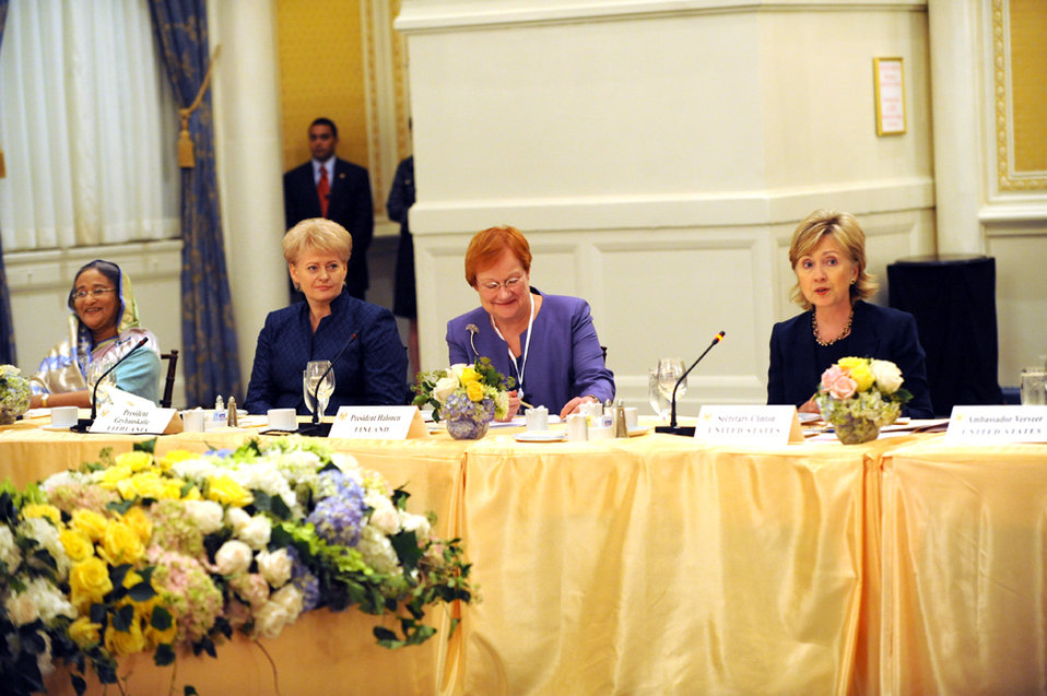 UNGA 2009: Secretary Clinton Holds Women Heads of State and Foreign Ministers Luncheon