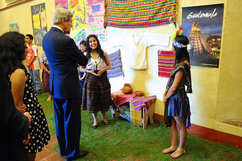 Secretary Kerry Meets Guatemalan Students