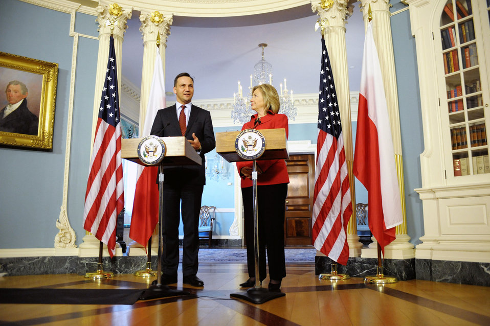 Secretary Clinton and Polish Foreign Affairs Minister Sikorski Hold a Press Conference