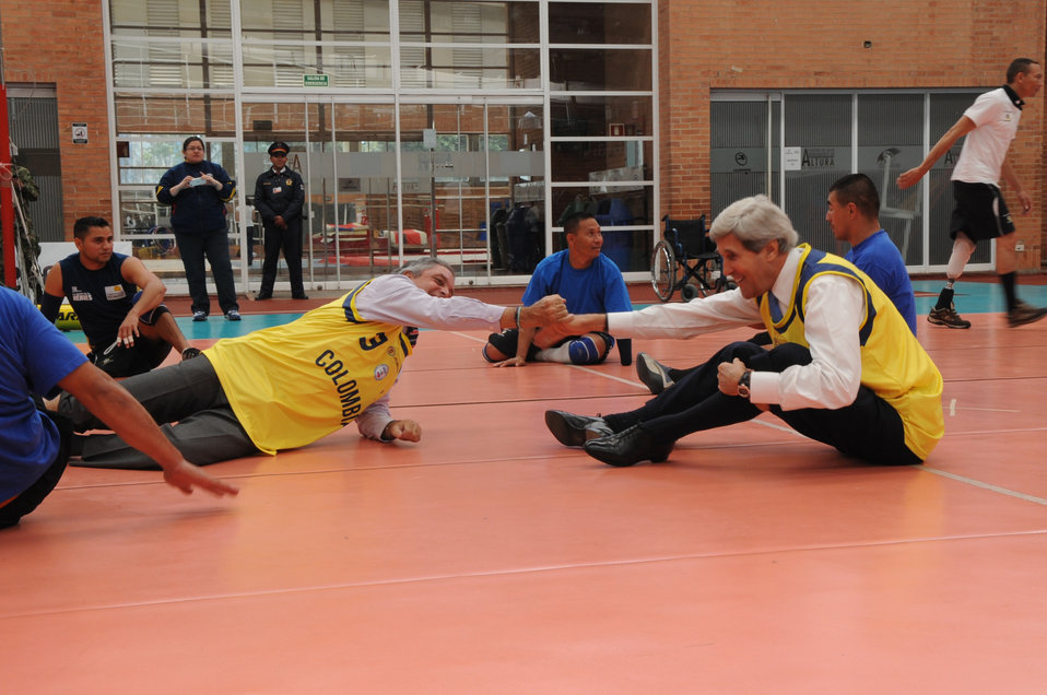 Secretary Kerry Celebrates a Point With Coldeportes Director Botero