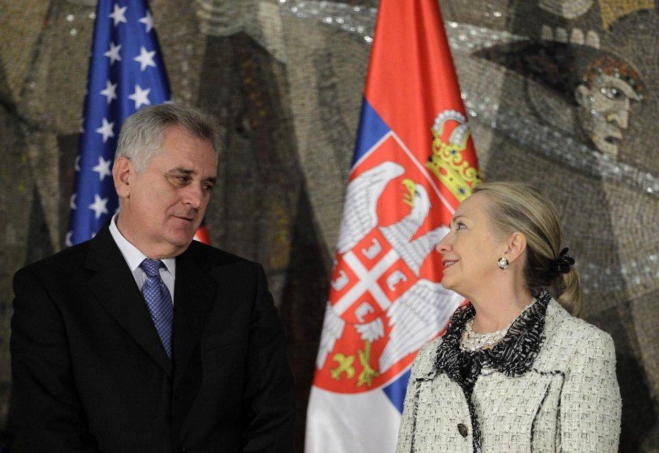 Secretary Clinton Meets With Serbian President Nikolić