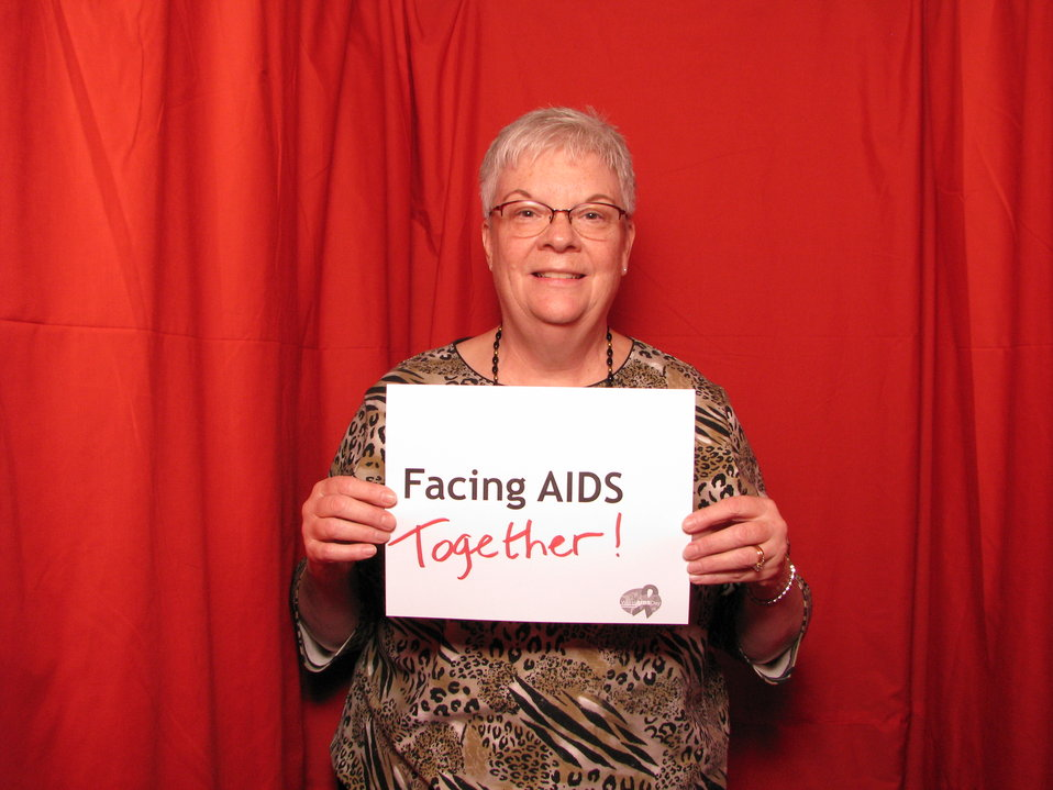 FACING AIDS together!