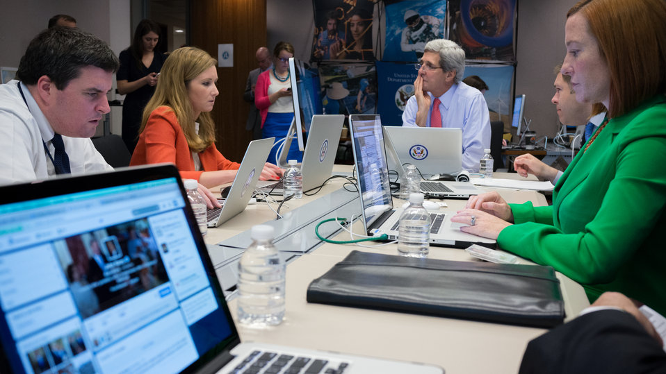 Secretary Kerry Hosts a Twitter Chat