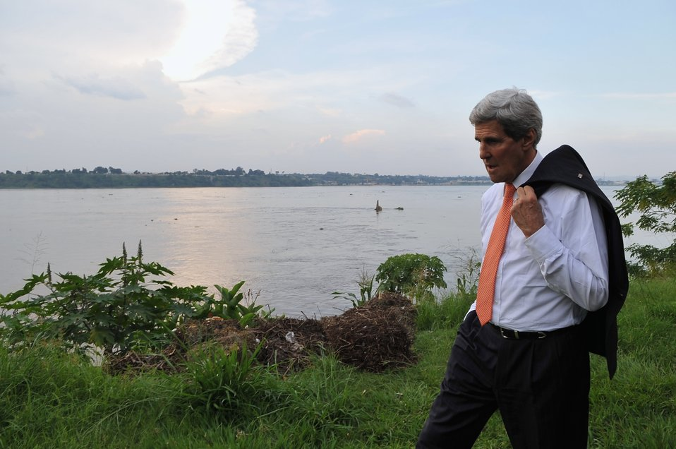 Secretary Kerry Takes Late-Afternoon Walk Along Congo River