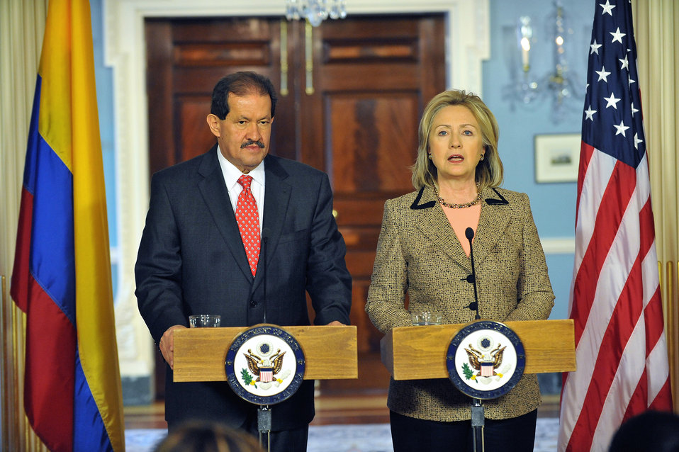 Secretary Clinton and Colombian Vice President Garzon Hold a Joint Press Conference