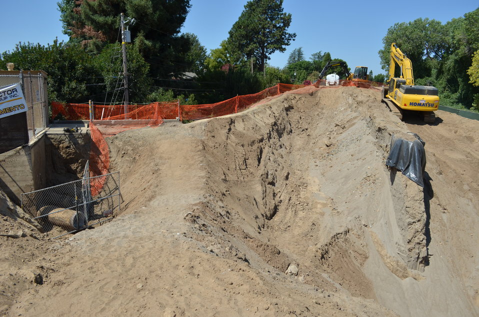 American River seepage wall partially exposed